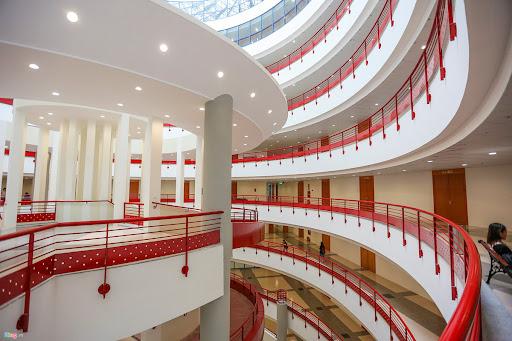 đại học kinh tế quốc dân - trường đại học ở quận Hai Bà Trưng đẹp nhất